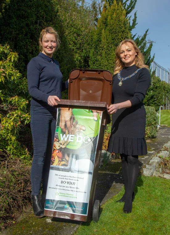 Newry, Mourne and Down District Council Deputy Chairperson, Councillor Oksana McMahon and Celine Magill, Head of Output and Quality at Natural World Products encourage residents across the district to pick up a bag of compost at the 'Giveaway' events on Friday 10, and Saturday 11, May which will be held at all Household Recycling Centres (HRC's) in the district. Photograph: NewRayPics.com