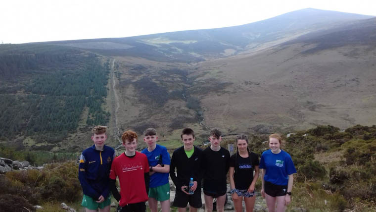Meadow McCauley (Far Right) with the NIMRA Junior Squad in Wicklow on Sunday
