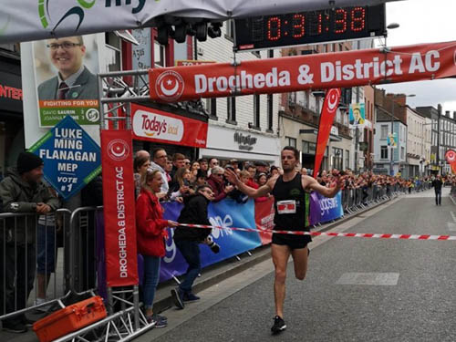 Paddy Hamilton winning the Drogheda 10k